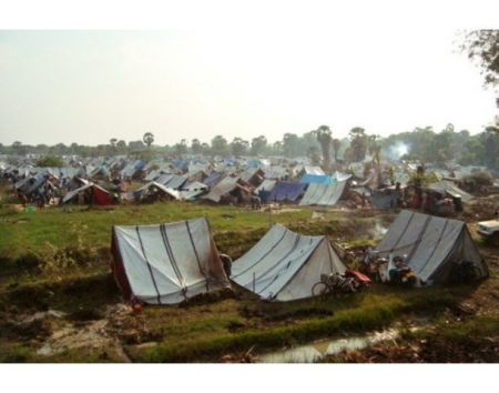 Tamil refugee tents