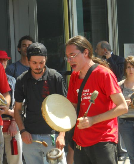 Singing & drumming in solidarity with ABL