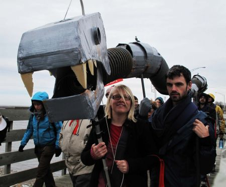 Some marchers get creative (from La marche...'s web site).