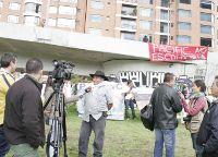 Mobilisation devant le siège social colombien de Pacific Rubiales