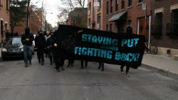 Black Bloc marches through side streets in the centre-sud