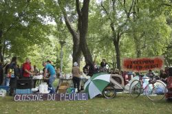 La Cuisine du Peuple, and Occupy Montreal mainstay, set up a table and served free food throughout the weekend (Sophie Blais)