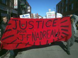 Une cinquantaine de personnes ont marché dans les rues de Hochelaga en réclamant justice pour Jean-François Nadreau, tué par la police de Montréal le 16 février 2012.