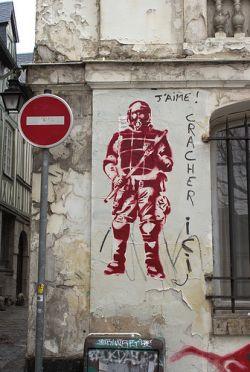 Brutalité policière et mouvement étudiant - entrevue avec Alexandre Popovic de la CRAP